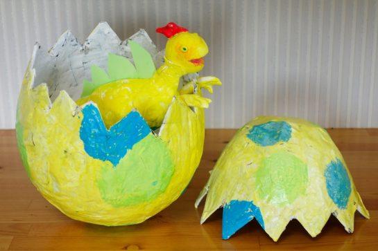 風船張り子・恐竜の卵(小2)