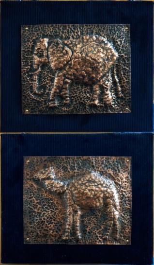 銅板レリーフ(小4、3)