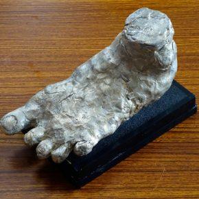 足の模刻(小4)