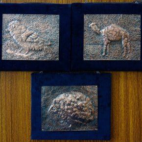 銅板レリーフ(小3〜4/鳥、ラクダ、ハリネズミ)