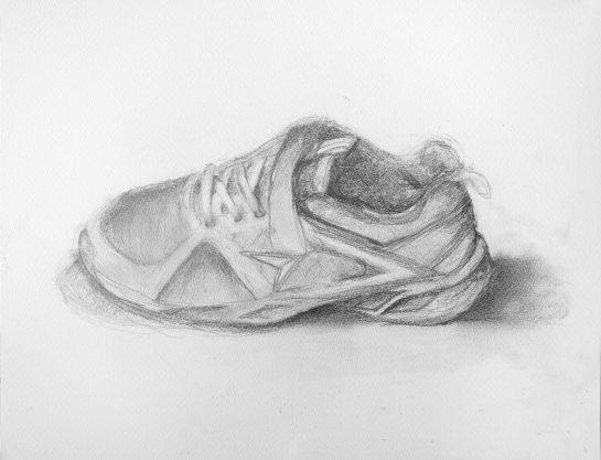靴のデッサン(小5)