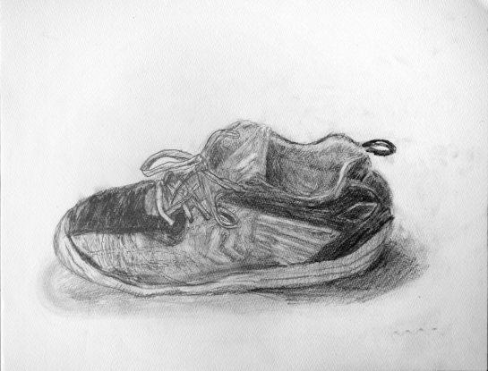 靴のデッサン(小4)