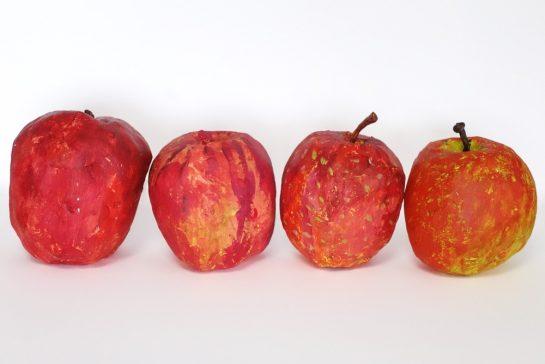 完成「リンゴの模刻」(日曜午後クラス)