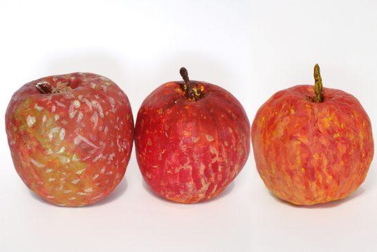 完成「リンゴの模刻」(土曜午後クラス)
