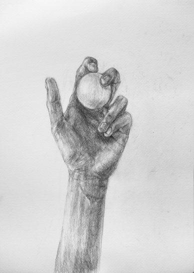 手とピンポン球のデッサン(中2)