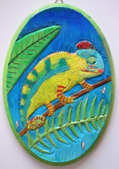 木彫レリーフのキーハンガー(小4)
